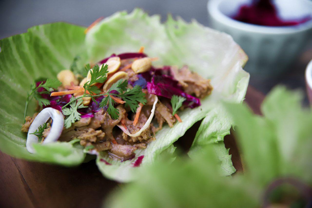 Wraps de Laitue au Porc Satay